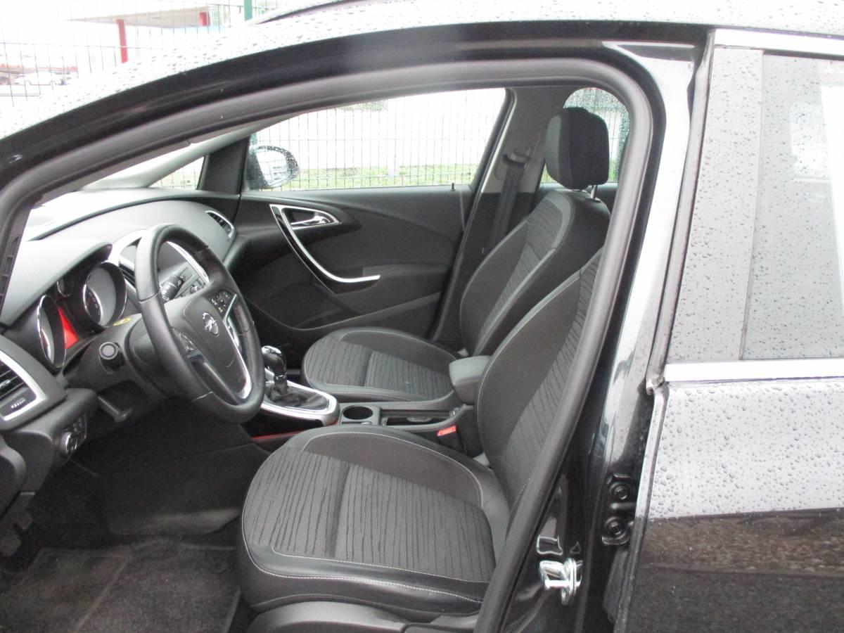 Opel Astra J Sports Tourer Energy